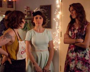 Girls-Lena-Dunham-fashion-comedyTV-JPG_130409