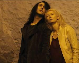 Only-Lovers-Left-Alive-tom-hiddleston-34525173-907-726